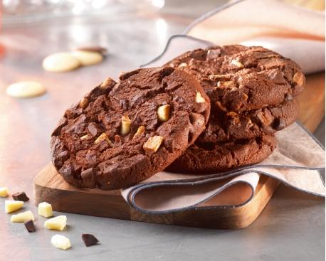 Cookie pâte chocolat / pépites noir et blanc